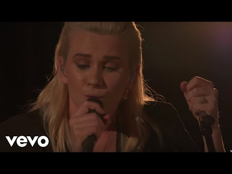 Broods - Couldn't Believe (Live From Capitol Records Studio A)