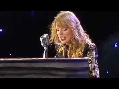 Taylor Swift Speech/Long Live/New Year's Day Reputation Tour Nashville