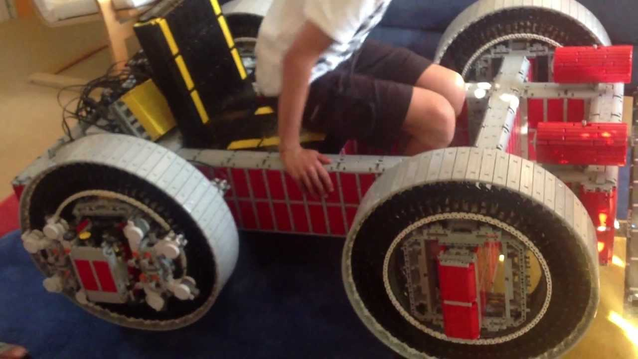 Awesome Go-Kart Is A Life-Size Chariot Made Of Lego