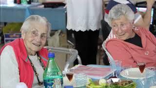 אהבת נעורים- במועדון 60 פלוס - 2017(1 סרטונים)