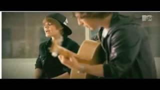 Justin Bieber - Never Let You Go Live @ MTV