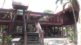 preview picture of video 'Thai Style House Central Region, Siam Cultural Park, Ratchaburi'