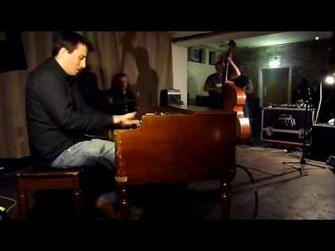 Joe McPhee and Decoy @ Cafe Oto 11.12.09 online metal music video by DECOY