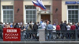 Решетки на окнах и вскрытый замок: как обыскивали штаб Навального