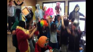 preview picture of video 'Harlem Shake 3rA! (SI Collbató)'