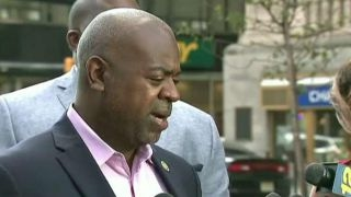 Mayor of Newark, NJ blasts WH for targeting sanctuary cities