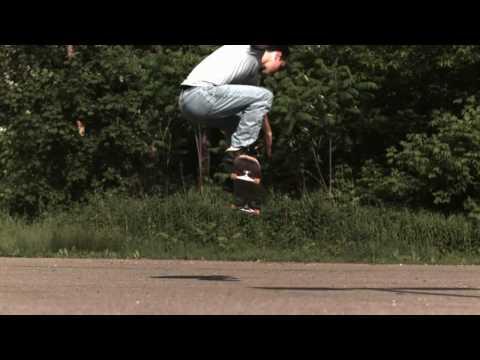 Skateology: Ollie (1000 fps slow motion)