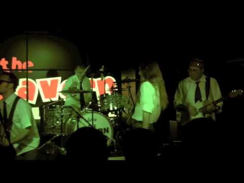 Liverpool Band - Norvegian Wood (Beatles cover song) Cavern Club ,Liverpool