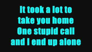 All Time Low - Damned if I do ya (Damned if I don't)  [Lyrics on Screen]