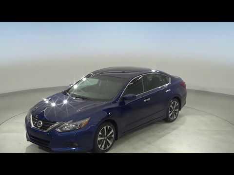Pre-Owned 2017 Nissan Altima 2.5 SR