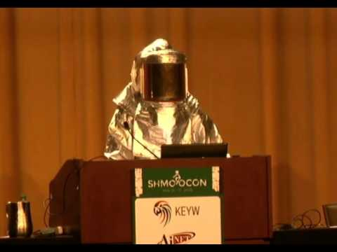 Daniel Beckwitt aka 3AlarmLampscooter at ShmooCon: This Message Will Self Destruct In 10 Seconds