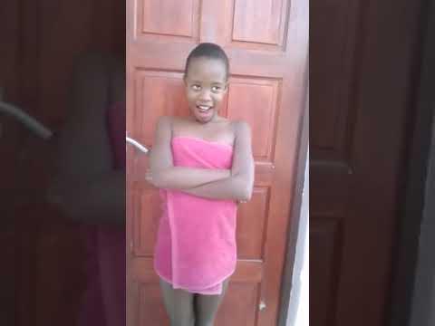 Zime Dlamini *маленькая модель - YouTube