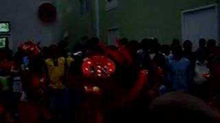 preview picture of video 'Carnaval 2007 in Sao Nicolau, Final Parade Dancers'