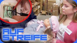 Spion sabotiert Puppen - Wollte er Kinder beobachten? | Auf Streife | SAT.1