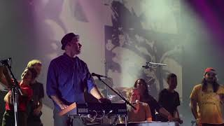 "Belle & Sebastian ""The Boy with the Arab Strap"" (live)"