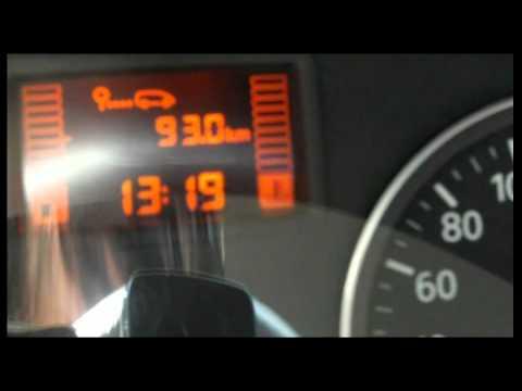 Kwadrozikla auf dem Benzin mit 10