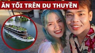 ► Fanpage: https://www.facebook.com/mcOopsBanana ► Instagram: https://www.instagram.com/oops.banana/ ► FB Cá nhân: https://www.facebook.com/phamvanduit ► FB Group: https://www.facebook.com/groups/2419265548109105/   Ăn buffet trên du thuyền ở Thái Lan (Oops Banana Vlog #114) Tiếp tục chuyến du lịch đầu năm ở Thái Lan, tối nay mình sẽ dẫn ba mẹ và bạn gái ăn buffet trên du thuyền. Đây là lần đầu tiên mình trải nghiệm dịch vụ này, không biết có gì thú vị không nữa... nên để mình vlog lại cho các bạn xem nha. Hi vọng các bạn thích video này và đừng quên nhấn like và share để ủng hộ mình nha!   --------------------------------------------------------- ✩ Creatory: http://creatory.vn ✩ Creatory page: http://facebook.com/CreatoryVN ✩ Hợp tác kinh doanh hoặc quảng cáo: partners@creatory.vn --------------------------------------------------------- Cám ơn các bạn đã theo dõi! Đừng quên xếp hạng cho video này. Nếu các bạn thích video này, hãy để nhấn like, share và để lại comment. ---------------------------------------------------------