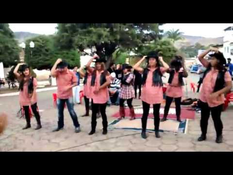 Coreografia Olha Frente apresentada na Marcha para Jesus em Aracitaba