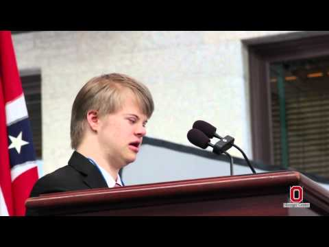 Ver vídeo Down Syndrome Adam Moss speaks at the Ohio State House