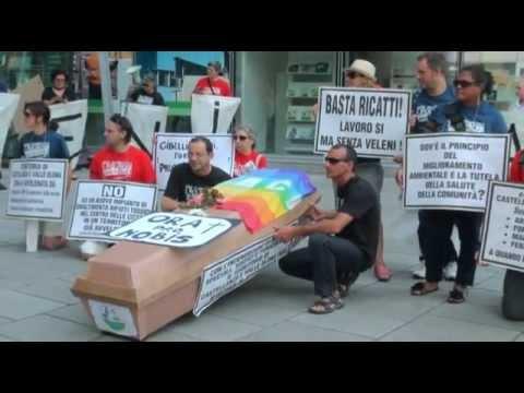 Manifestanti contro Elcon davanti alla Regione
