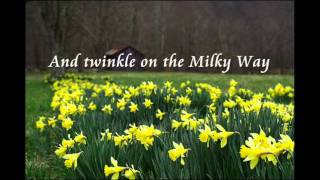 Daffodils (I Wandered Lonely As A Cloud) With Music - William Wordsworth