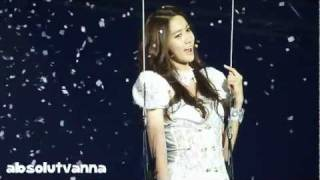 [HD/Fancam] 111209 Girls' Generation Tour Yoona I'm In Love With The Hero