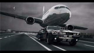 Dodge Challenger vs Boeing 737