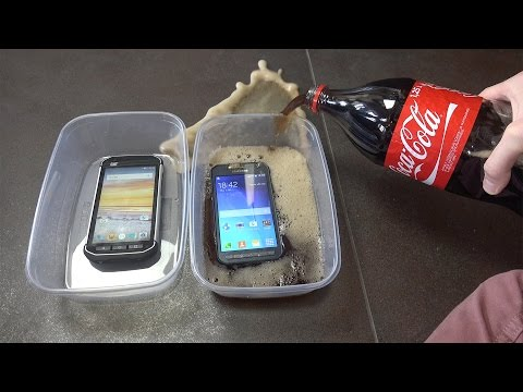 CAT S40 vs. Samsung Galaxy Xcover 3 - Coca-Cola Test! Which Is Best?!