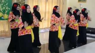 Tarian Wau Bulan By SYNERGY INTIM (Majlis Riang Ria Raya)
