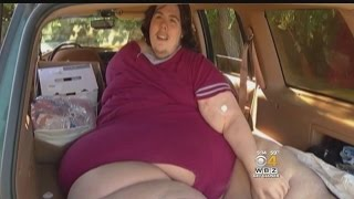 800-Pound Man Kicked Out Of Hospital For Ordering Pizza