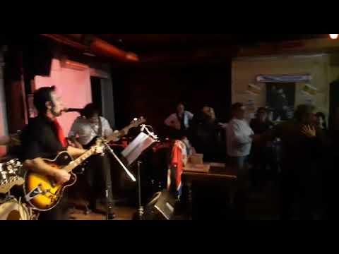 The Jimmy's Gruppo rock classic Aci Catena Musiqua
