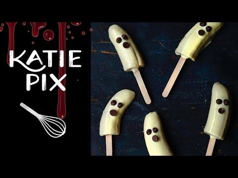 Spooky Halloween Ghost Bananas & Strawberries Recipe | Katie Pix
