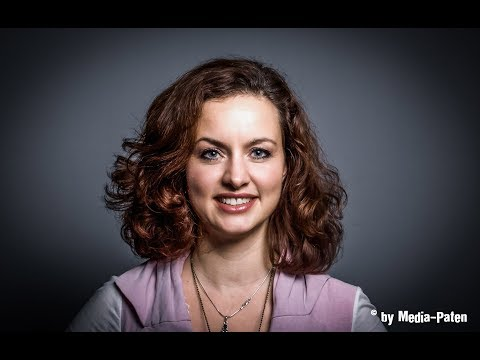 Sabine Falkenberg castle synchronsprecher media paten com