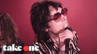 Musik-Video-Miniaturansicht zu Somebody New Songtext von The Struts