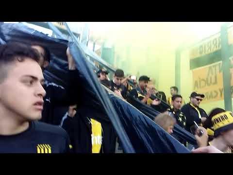 """""""Recibimiento"""" Barra: Barra Amsterdam • Club: Peñarol"""