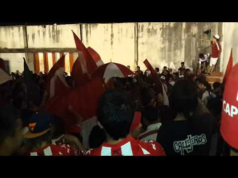 """Los Capangas (Instituto vs Gimnasia de Jujuy)"" Barra: Los Capangas • Club: Instituto"