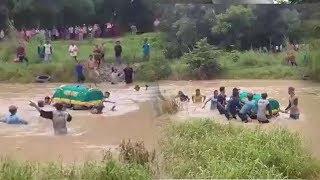 Viral Video Hanyutkan Keranda di Sungai karena Tak Ada Jembatan, DPRD Gresik Beri Tanggapan