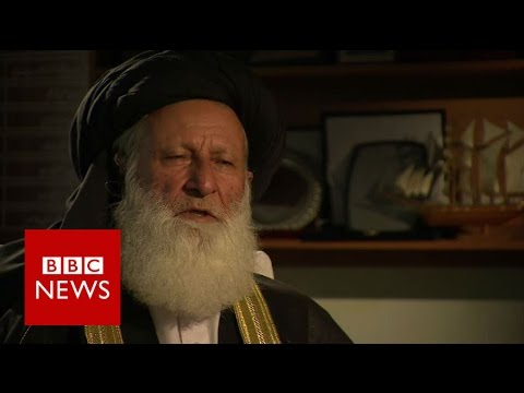 Mullah defends 'beat your wives lightly' advice - BBC News