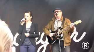 Marta Jandová & Petr Janda - Otázky - Live 2014