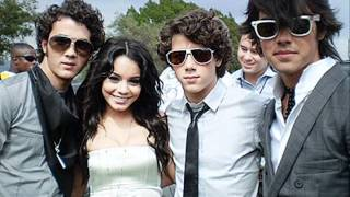 Jonas Brothers ft. Vanessa Hudgens - When you look me in the eyes