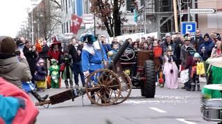preview picture of video 'Fasnachtsumzug Meilen 2015 - 2 von 4'