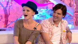Эндрю Ли Поттс, Primeval Interview - Andrew Lee Potts and Hannah Spearritt - T4 Sunday