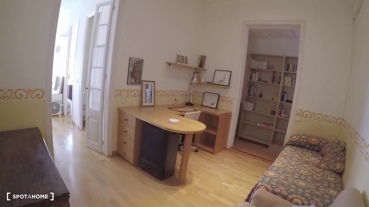 Bright 3-bedroom apartment for rent in Eixample