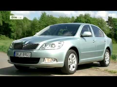 compare it!  Renault Fluence vs. Skoda Octavia | drive it!