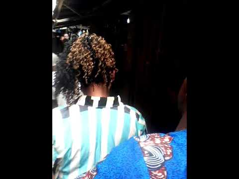 Criminal cut stealing 170k in Aguda market Lagos Nigeria