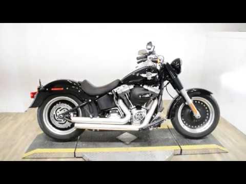 2016 Harley-Davidson Fat Boy® Lo in Wauconda, Illinois - Video 1
