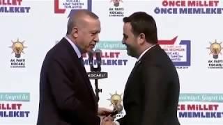 """AK Parti Aday Tanıtımında İlginç Diyalog! Erdoğan: """" Yasin Senin Niye Bıyık Yok?"""""""