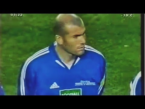Zidane Skills vs Ronaldinho XI 2004 Football For Hope