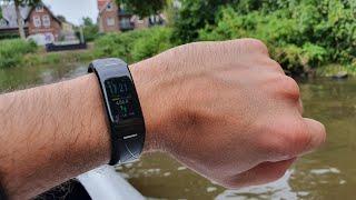 FitnessArmBand mit 4 Puls Sensoren Farbdisplay IP68 Schrittzähler Schlafmonitor MINLUK
