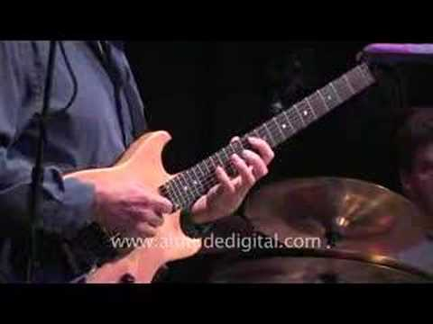 Allan Holdsworth in HD at Yoshi's in Oakland clip 8 online metal music video by ALLAN HOLDSWORTH